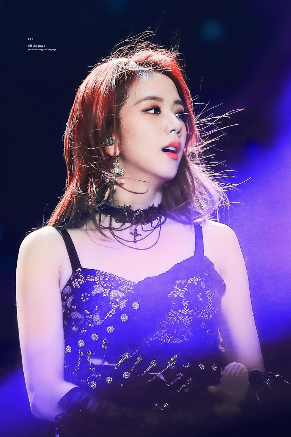 2-BLACKPINK-Jisoo-2019-World-Tour-Los-Angeles-The-Forum