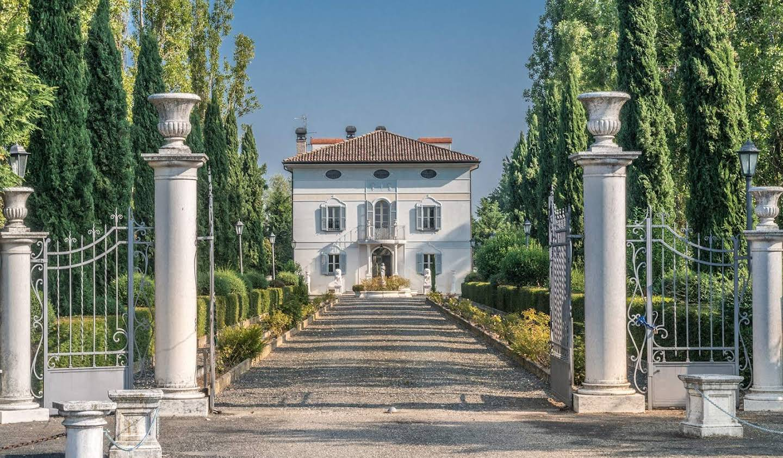 Villa avec jardin et terrasse Gattatico