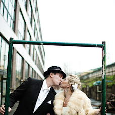 Wedding photographer Valentina Ivanova (Valentine). Photo of 03.03.2015