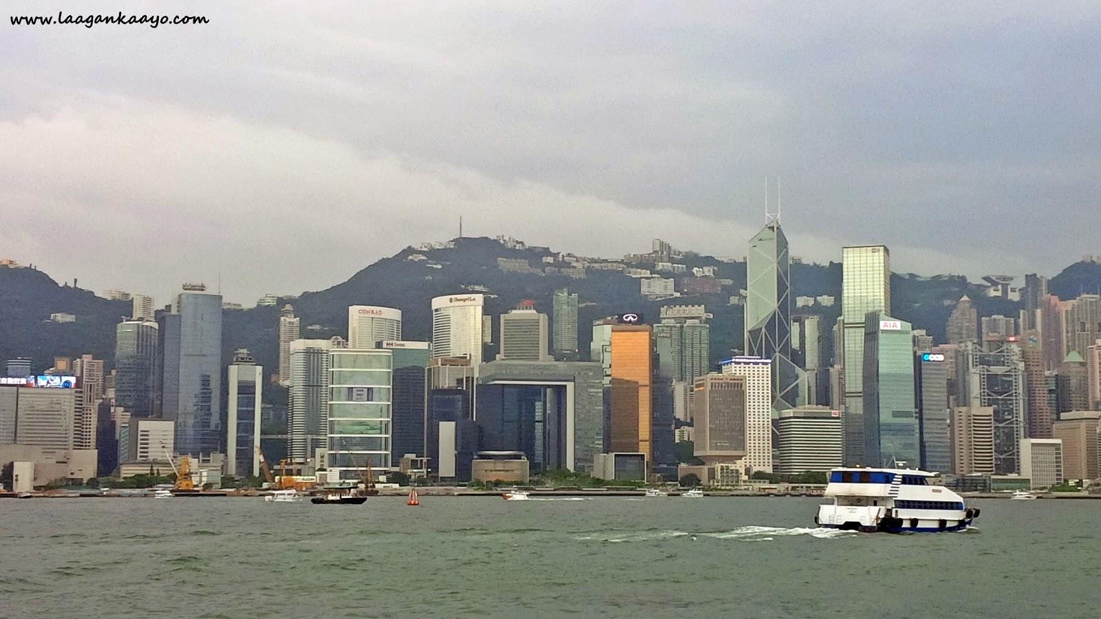 Gloomy Hong Kong Harbour