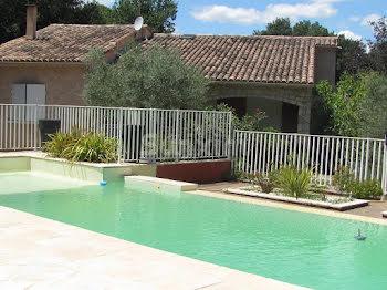 villa à Saint-Montan (07)