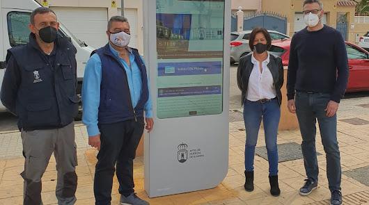 Huércal de Almería instala un tótem digital interactivo