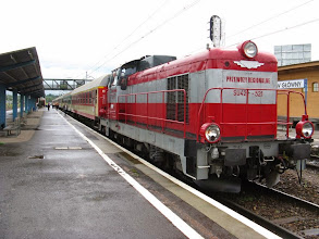 Photo: Rzeszów Główny: SU42-521 z pociągiem pośpiesznym Bieszczady relacji Katowice - Zagórz.