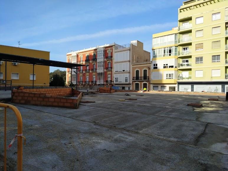 Trabajos en marcha en la Plaza López Falcón