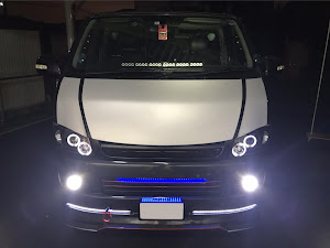 ハイエースバン  SUPER GL 4WD DIESELのカスタム事例画像 トリックスターさんの2019年08月07日22:13の投稿