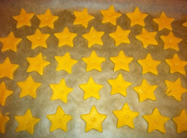 Place crackers on lined cookie sheets. Refrigerate for another 10 minutes or so to...