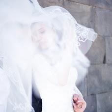 Wedding photographer Kristina Arutyunova (Chrisnova). Photo of 30.07.2017