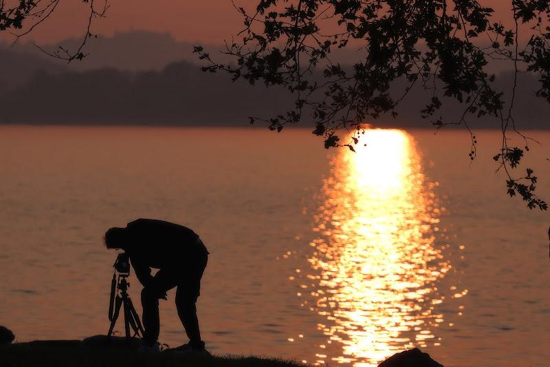 Il fotografo...in posizione di emanuela_grandi