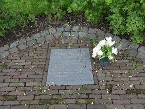 Photo: Herinnering aan een renner die tijdens de Giro omkwam.