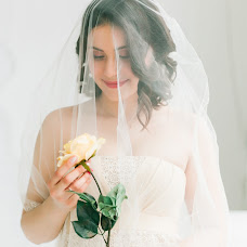 Wedding photographer Anastasiya Novikova (Akao). Photo of 10.04.2015