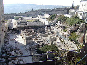 Photo: The remains of streets, columns and plazas immediately south of the Western Wall.