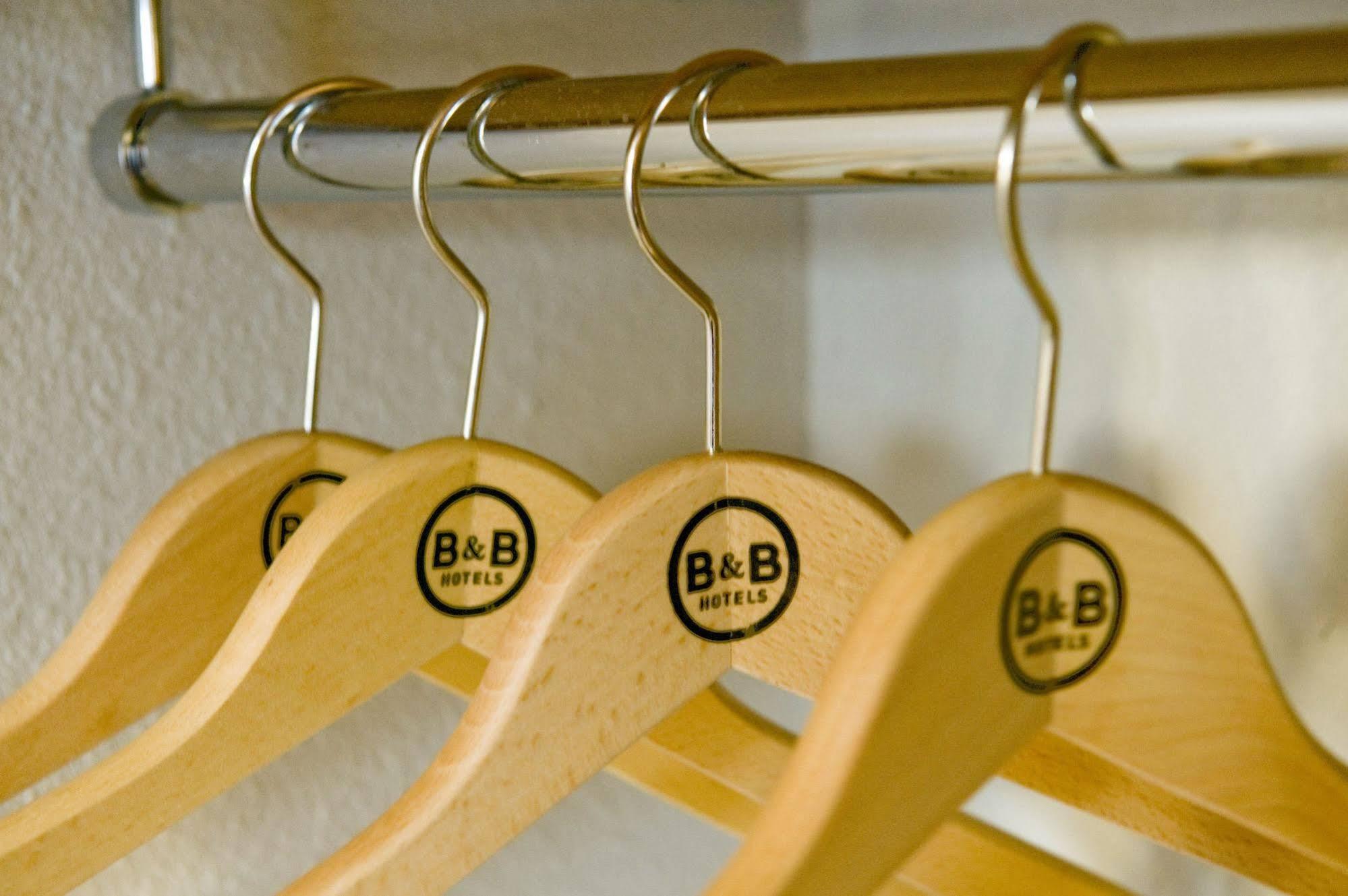 B and B Ha´tel Narbonne