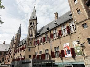 Photo: Een vleugel van de abdij herbergt nu het Zeeuws museum