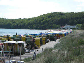 Photo: Strandleben im Seebad BINZ/ Rügen (siehe www.freie-ferienwohnung-binz.de und www.binz-zingst-kuehlungsborn.de )