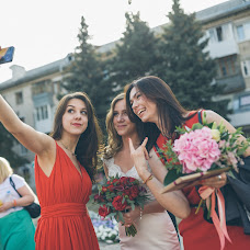Wedding photographer Valeriya Petrova (petroler). Photo of 25.09.2015