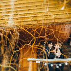 Wedding photographer Vladislav Meleschenko (PictureStory). Photo of 09.03.2015