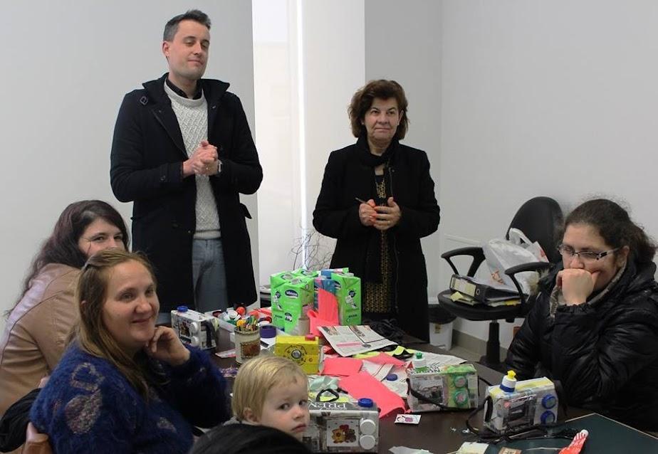 Ateliê da Misericórdia de Lamego ajuda mães a criar adereços de Carnaval