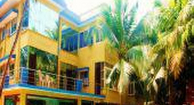 Royal Park Beach Resort, Goa