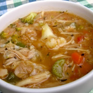SLIM & DELICIOUS CHICKEN VEGETABLE RICE SOUP