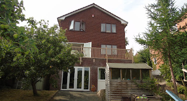 Detached Llanfair home