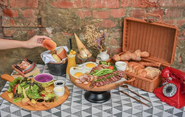 堅果小巷Heynuts Alley Cafe:台中西區美食-在老宅玻璃屋裡享受野餐風格的早午餐!