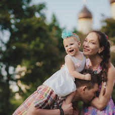 Wedding photographer Elena Smirnova (TheSiren88). Photo of 04.06.2015