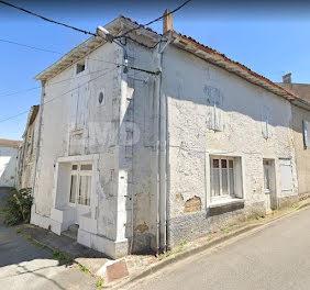 maison à Aulnay (17)