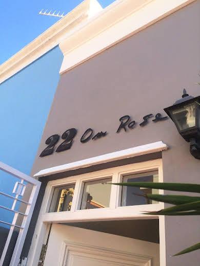 22 On Rose