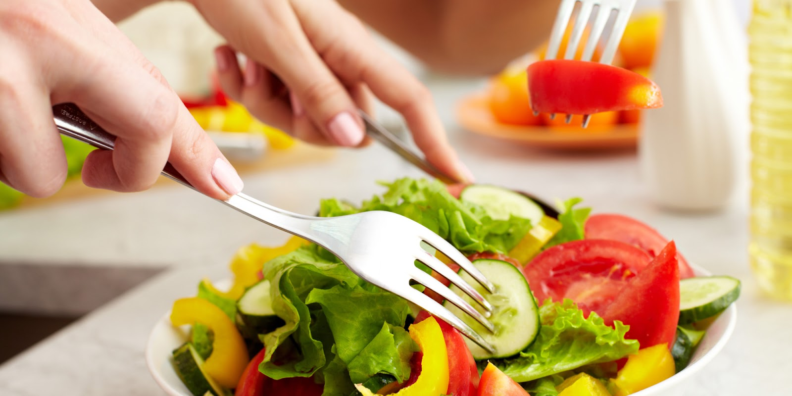 Fill_up_your_health_with_colorful_fruits_and_vegetables.jpg
