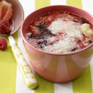 Banana-Berry Porridge with Millet