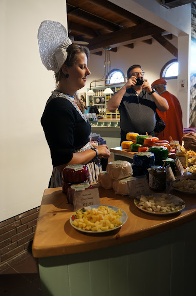 Cheese tasting at Henry Willig Cheese Farm, Holland (2014)