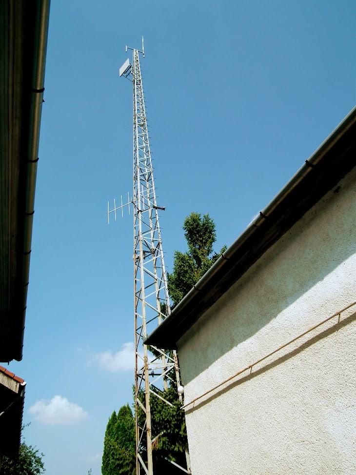 Monor/Deák ferenc utca 12. - helyi URH-FM adóállomás