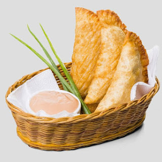Brazilian Pasteis with Chicken (Pastel Frito de Frango).