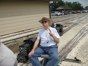 Photo: Don Greene with nearly dead ATSF 2110 behind him.    HALS 2009-0919