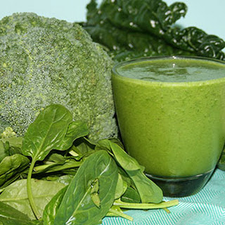 Super Green & Creamy Smoothie.