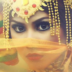 Cleopatra by Arojiduhu Halawa - People Fashion