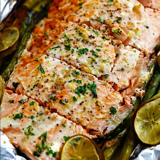 Buttery Garlic Lime Salmon With Asparagus in Foil