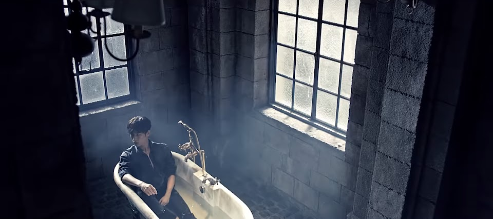 bathtub - knk knock