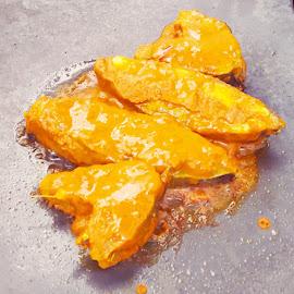 Fish Fry by Vinod Rajan - Food & Drink Cooking & Baking ( oil, cook, fish, cooking, fry )