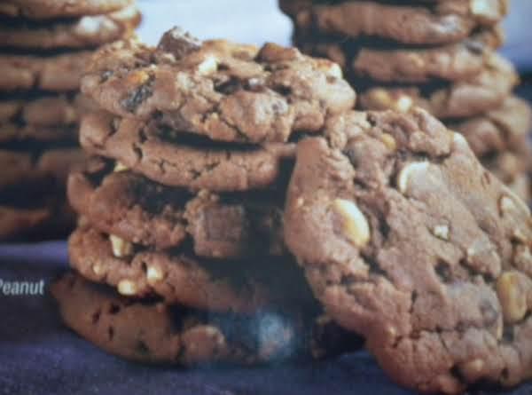 Chocolate Chunk Peanut Cookies Recipe