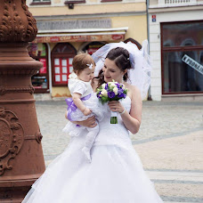 Wedding photographer Jana Šťastná (StastnaJana). Photo of 02.02.2019