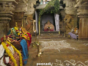 Photo: rA pathu maNdapam - nammAzhwAr in the middle with AzhwArs/AchAryas on his either side