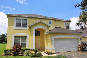 Orlando villa close to Disney with games room and pool with lake view