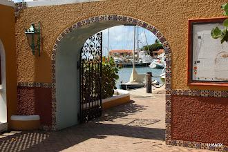 Photo: Entrada a Harbor Village Marina