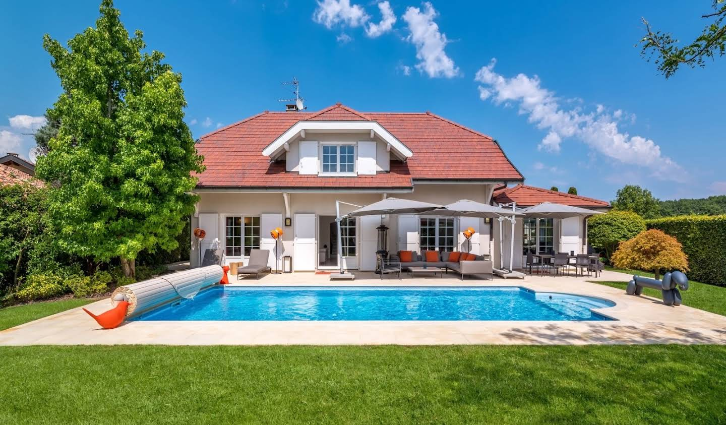 House with pool Veigy-Foncenex
