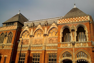Photo: Olde Facade of RSC
