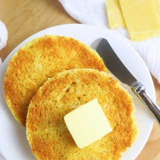 2-Minute Low Carb English Muffin (Paleo, Gluten-free).