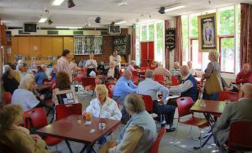 Photo: Klaverjassen op de DAG van de Buurt 2009 in het verenigingsgebouw van Ons Genoegen