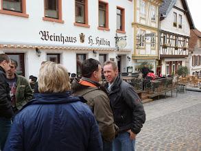 Photo: Und ab ging es ins Weinhaus.