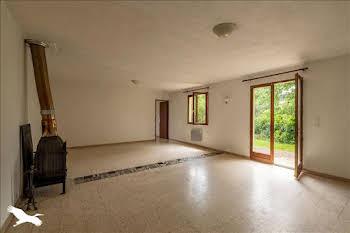 Maison 38 pièces 90 m2